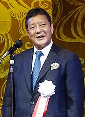 長岡良輔理事長