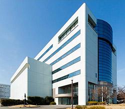 日本初のバイオ後続品工場