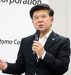 日立製作所・坂入氏