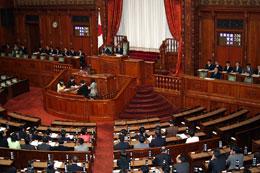 参院本会議