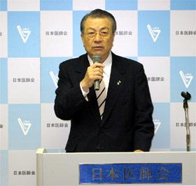 会見する竹嶋日医副会長