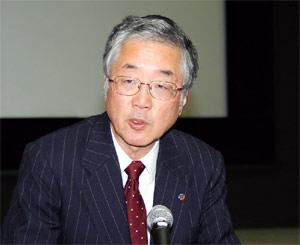 水田邦雄氏