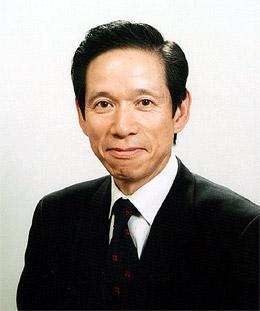 伍藤忠春氏