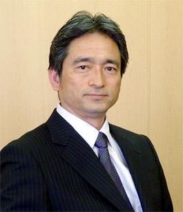 角田礼昭氏