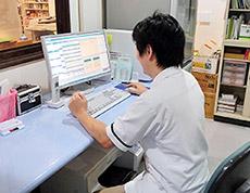 最新の電子薬歴システムが薬局業務を支援