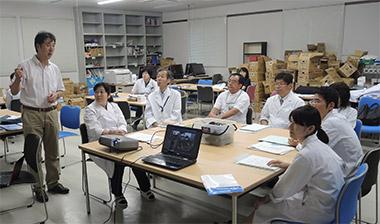 5大学7人の教員が参加した