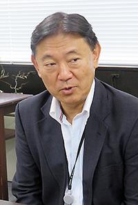 鈴木康裕保険局長