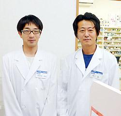薬剤師の高草木氏(左)と柳下氏