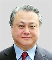 鈴木俊彦氏