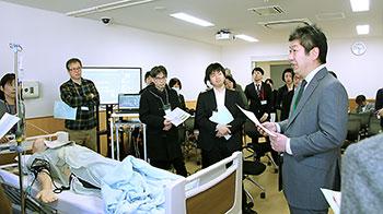 全国から薬剤師や薬学部教員らが参加した