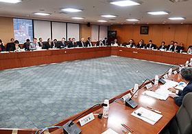 医薬品産業に関するハイレベル官民政策対話