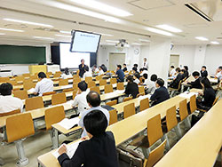 EBM教育をめぐって熱い議論を交わした