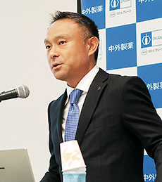 中外製薬のプロジェクト・ライフサイクルマネジメントユニットPHC推進部の飯島浩輔氏