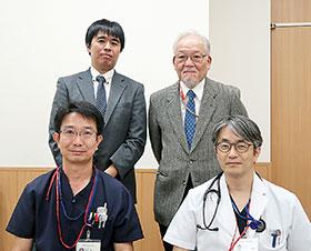 右下から時計回りに、さいたま市民医療センターの石田副院長、野村薬剤科長補佐、さいたま市薬剤師会の野田理事、堀野会長