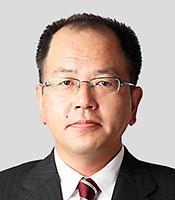 吉岡貴司氏