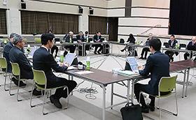 13日に開かれた厚生科学審議会臨床研究部会