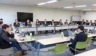 8日に開かれた厚生科学審議会臨床研究部会