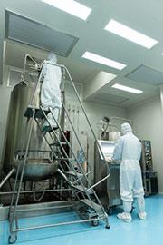 マイセナックス社GMP工場の施設 アジアで最初の2000Lのシングルユースのバイオリアクター