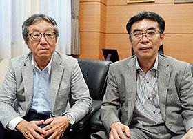 竹内大会運営委員長(右)、遠藤大会事務局長