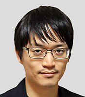 伊藤寛晃氏